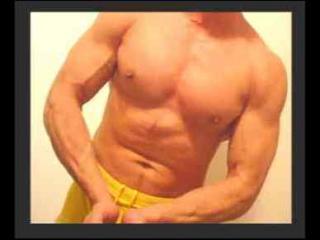 Muscular-Bi-Guy Live